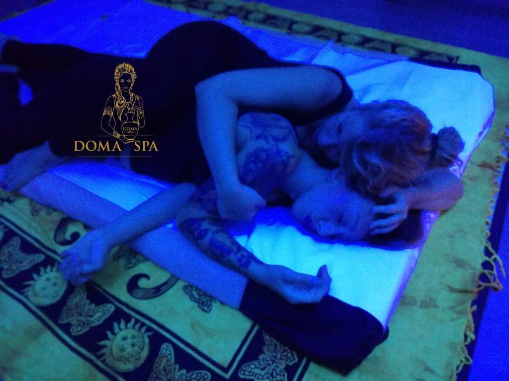 Matrona Mother Massage Doma Spa terapia dell'abbraccio