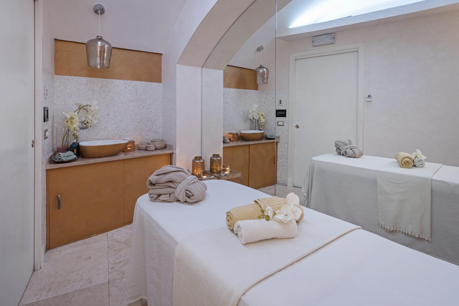 Deep Tissue Massage doma spa